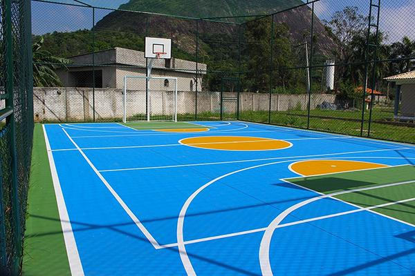 Construção de quadras poliesportivas