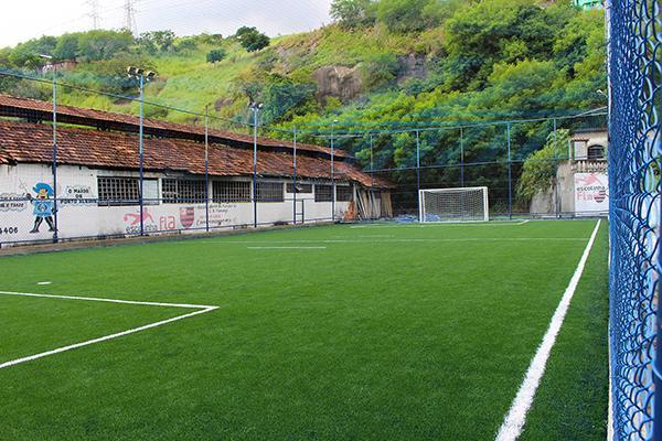 Grama artificial para campo de futebol